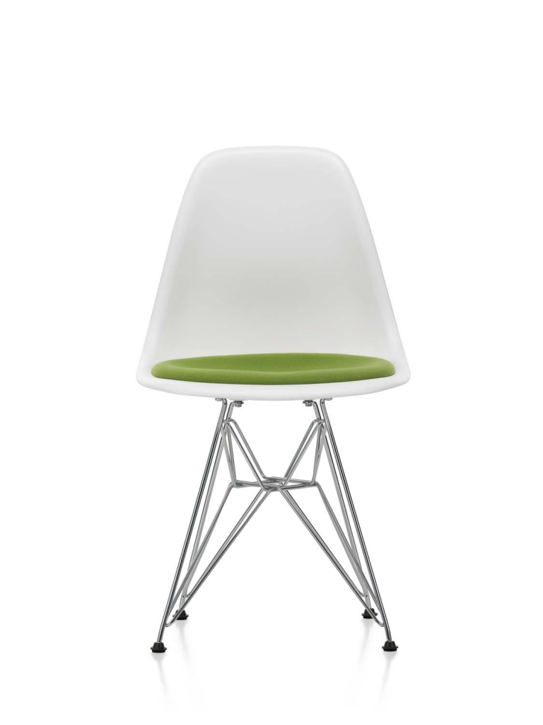 Eames Plastic Side Chair DSR_layout00012F67
